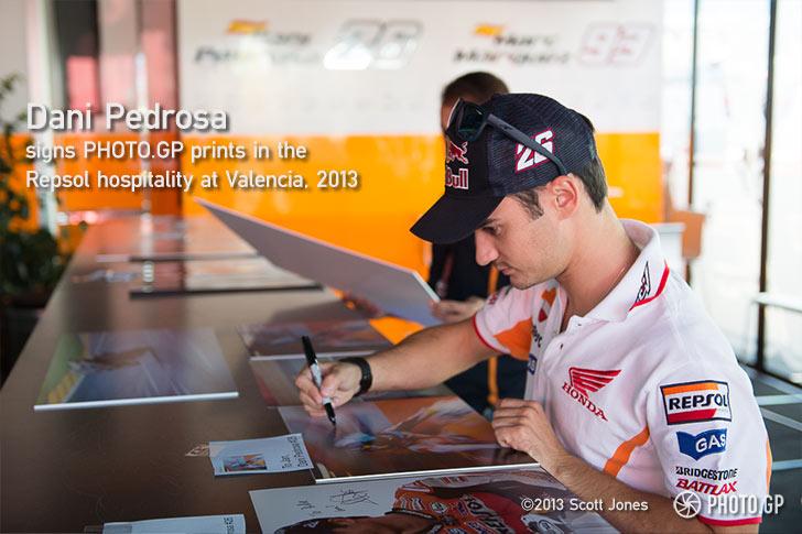 Dani-Pedrosa-signs-at-Valencia