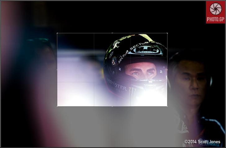 Jorge-Lorenzo-Le-Mans-pit-lane-Crop-S