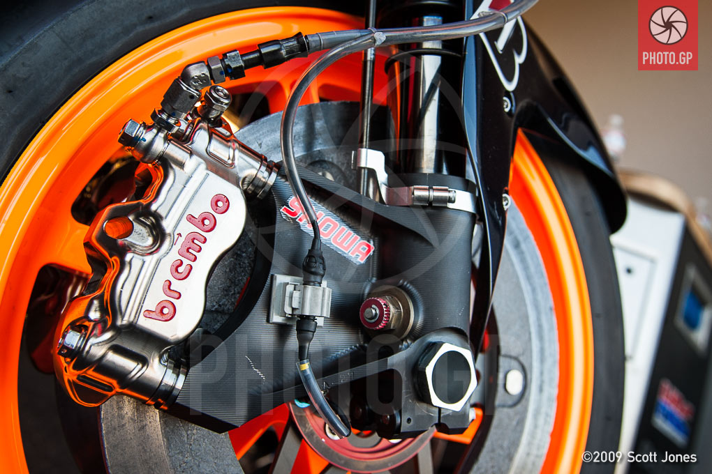 Dani Pedrosa's Honda RC212V with Showa Suspension - Photo.GP