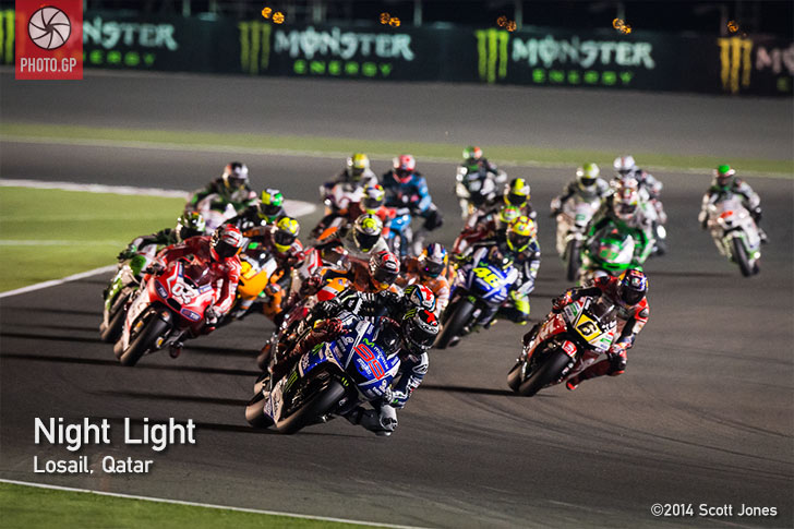 Losail Qatar MNotoGP Lap 1 Jorge Lorenzo 2014