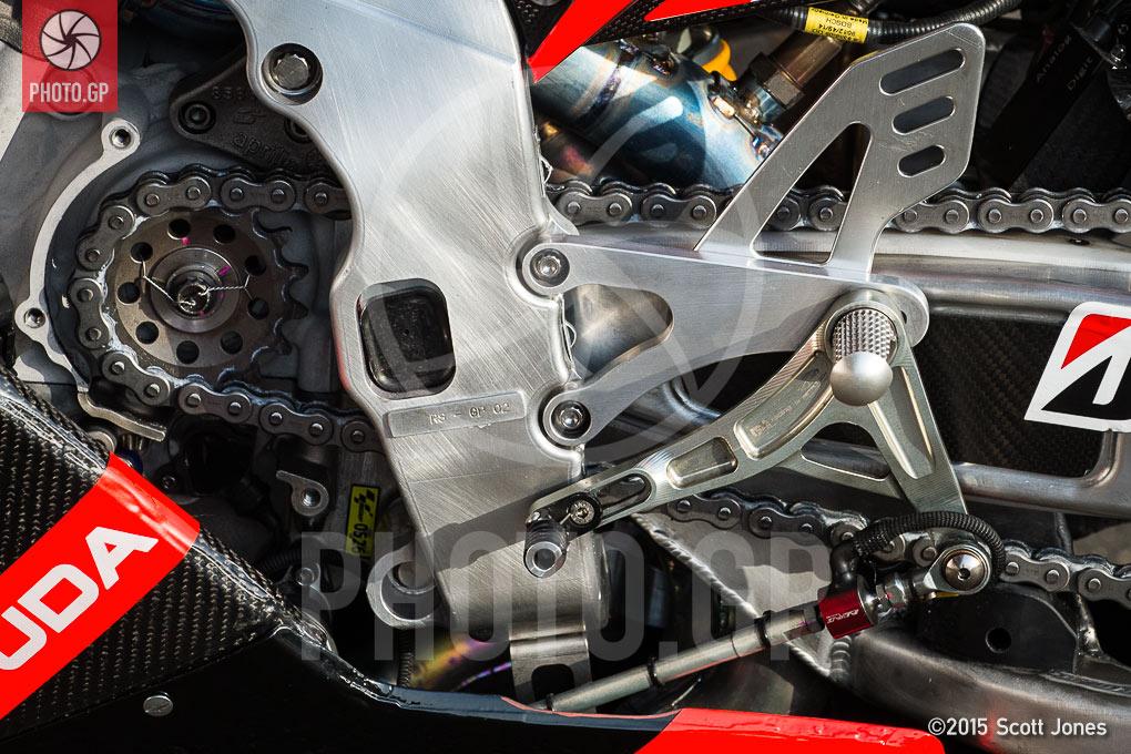 Up Close: Aprilia RS-GP 2015 MotoGP Bike - Photo.GP