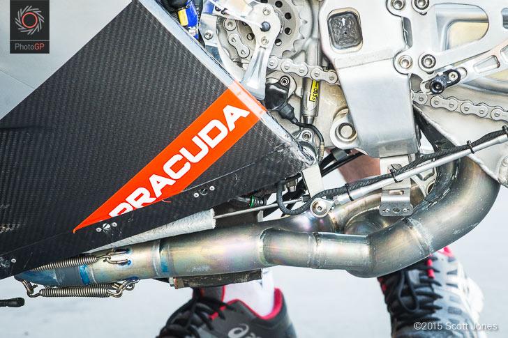 Aprilia RS-GP left side tight