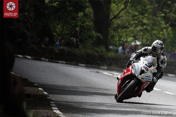 Michael Dunlop IOMTT 2015 Superbike
