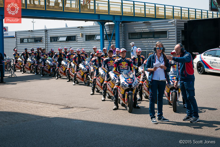 Red Bull Rookies Cup Assen queue