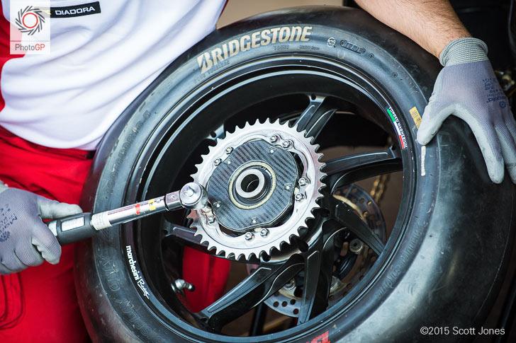 Ducati GP15 rear sprocket Brno 2015 installation