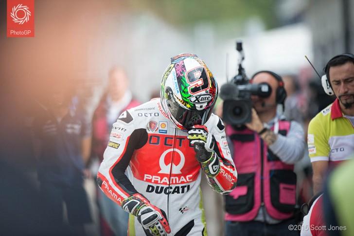 Danilo Petrucci Silverstone 2015 raw challenge 7