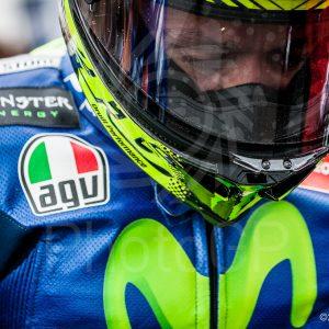 Valentino-Rossi-Silverstone-grid-2015