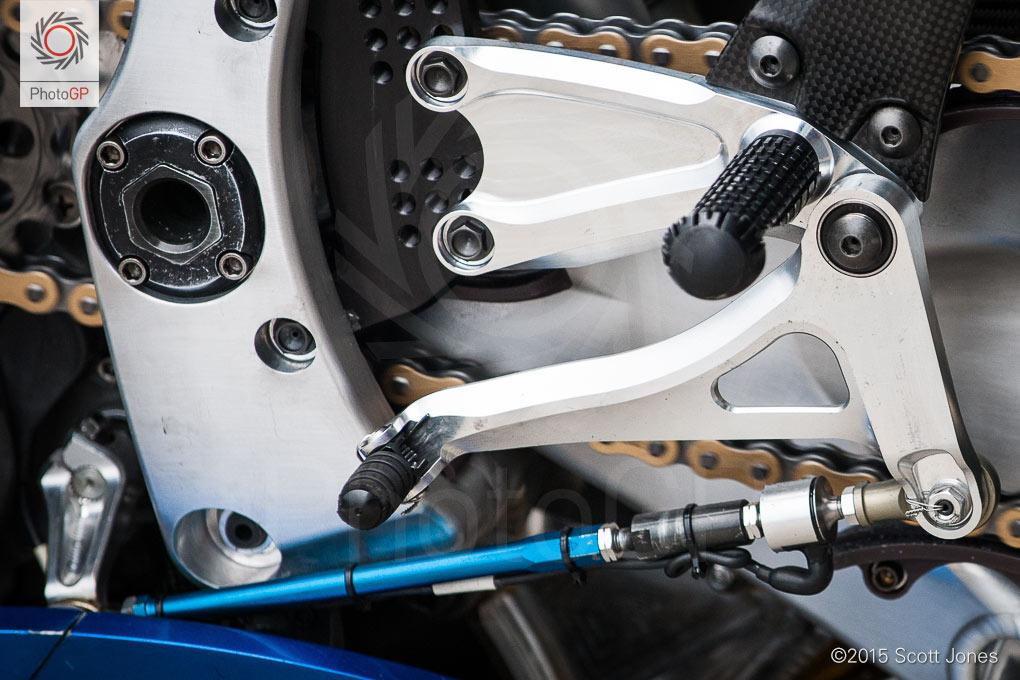 Suzuki-GSX-RR-shift-linkage-detail