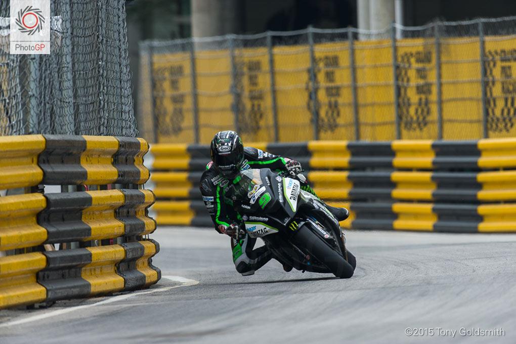 Ian-Hutchinson-Macau-Grand-Prix-2015-TG-1566