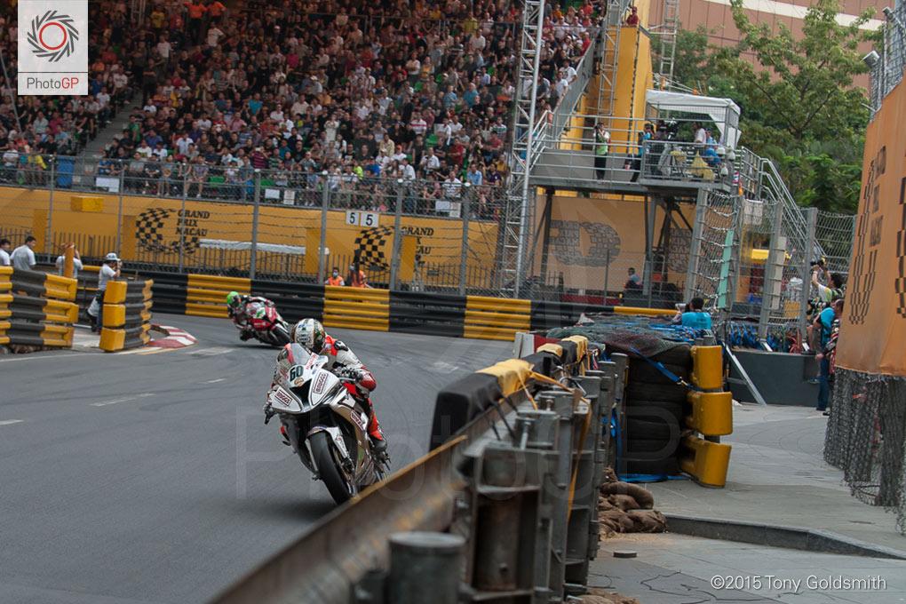 Peter-Hickman-Macau-Grand-Prix-2015-TG-1781