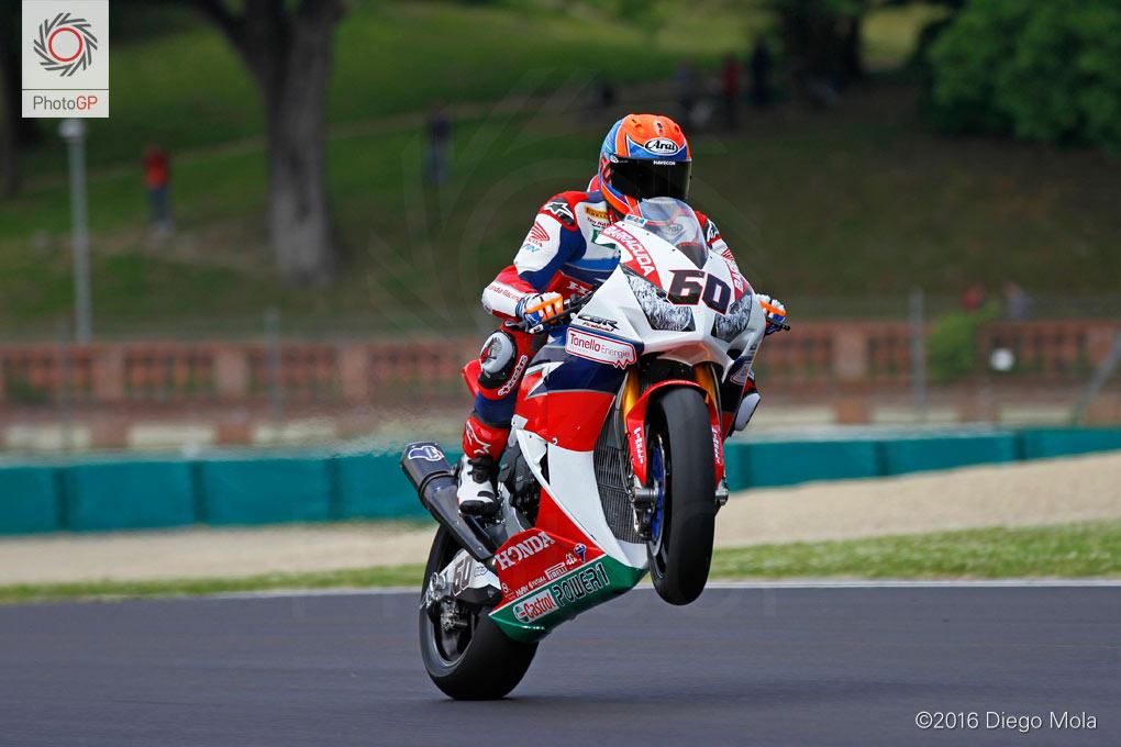 World-Superbike-Imola-Friday-Diego-Mola-10