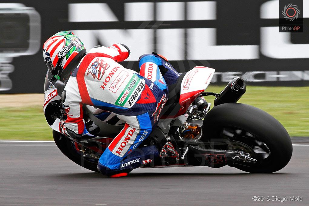 World-Superbike-Imola-Friday-Diego-Mola-5