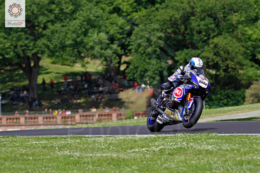 World-Superbike-Imola-Saturday-Diego-Mola-2