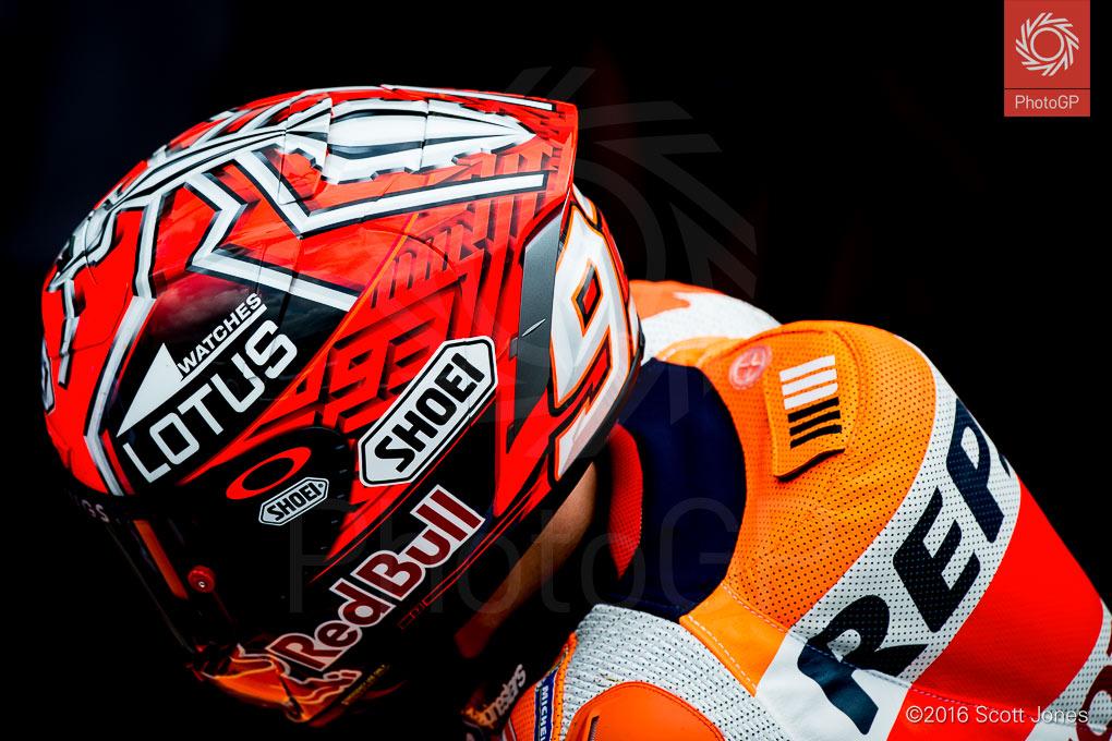 Marc-Marquez-Assen-2016-pit-lane