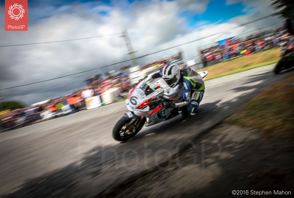 7_William-Dunlop-in-the-Open-race